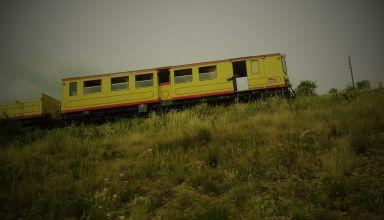 Patrimoine local, le train jaune,effectue la liaison entre Villefranche de Conflant et Latour-de-Carol. Circulant à une vitesse de 30 km/h il fonctionne depuis 1910. Il occupe aujourd'hui surtout un rôle touristique.